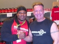 Willi Odenthal trift Kai Greene bei der FIBO 2012
